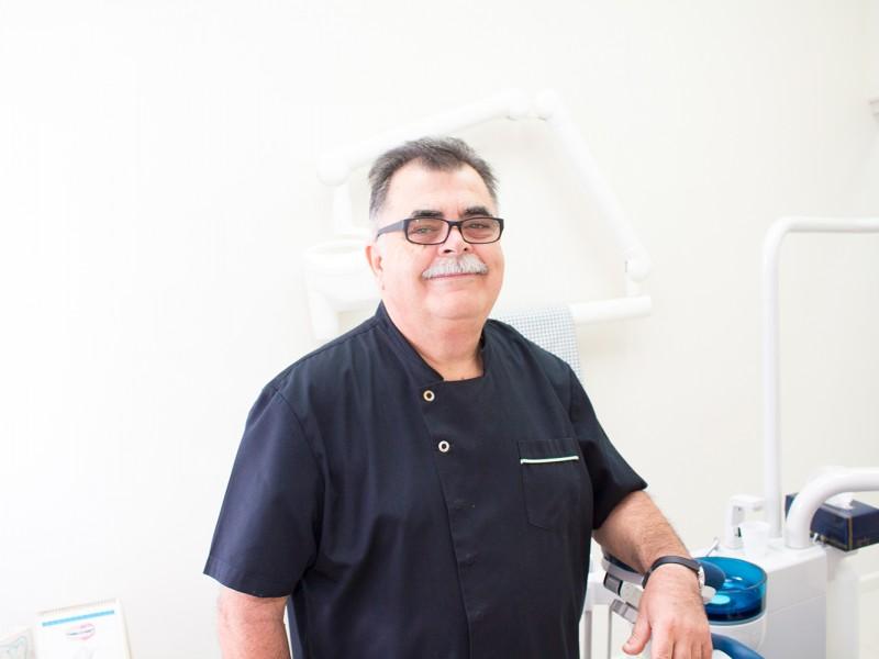 Dr Michael Kotis